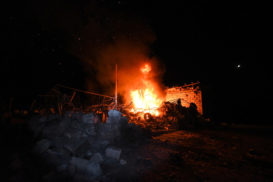 Ogień jaki miał powstać w Górskim Karabachu na skutek ataku Azerbejdżanu /DAVIT GHAHRAMANYAN / ARMENIAN FOREIGN MINISTRY  /PAP/EPA