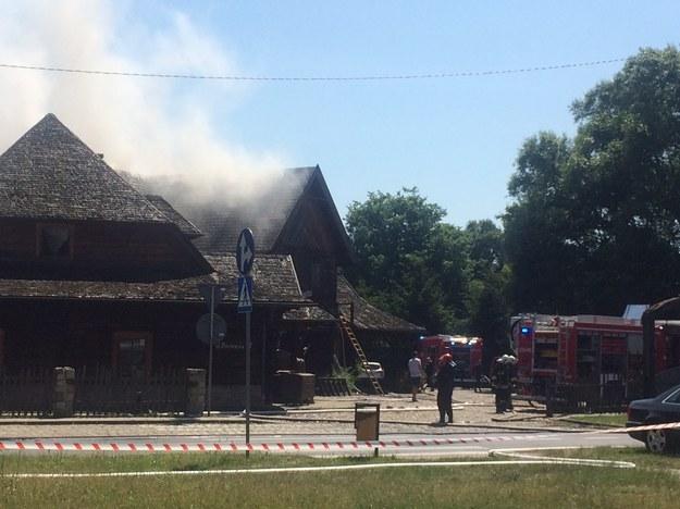 Ogień pojawił się w dewnianym budynku /Adam Górczewski /RMF FM