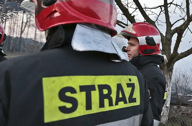 Ogień przez kilka godzin gasiło 8 zastępów straży pożarnej (zdjęcie ilustracyjne) /Piotr Jędzura /Reporter