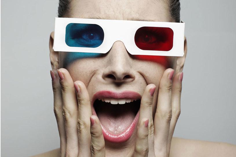 Oglądanie filmów w 3D powoduje bóle głowy, oczu i nudności /123RF/PICSEL