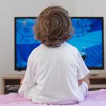 Oglądanie telewizji skraca dzieciom sen