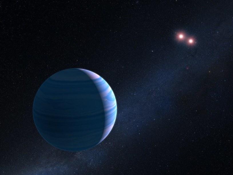 OGLE-2007-BLG-349 okrąża swoje dwie gwiazdy w odległości około 480 millionów kilometrów /NASA