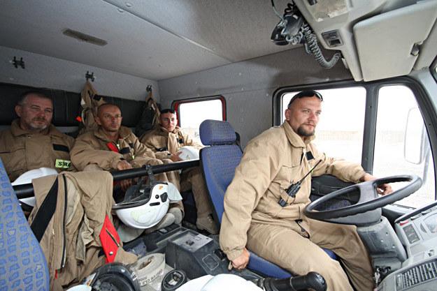 """Ognioodporni"" gotowi na akcję /fot. Artur Weber/PKW Afganistan /"