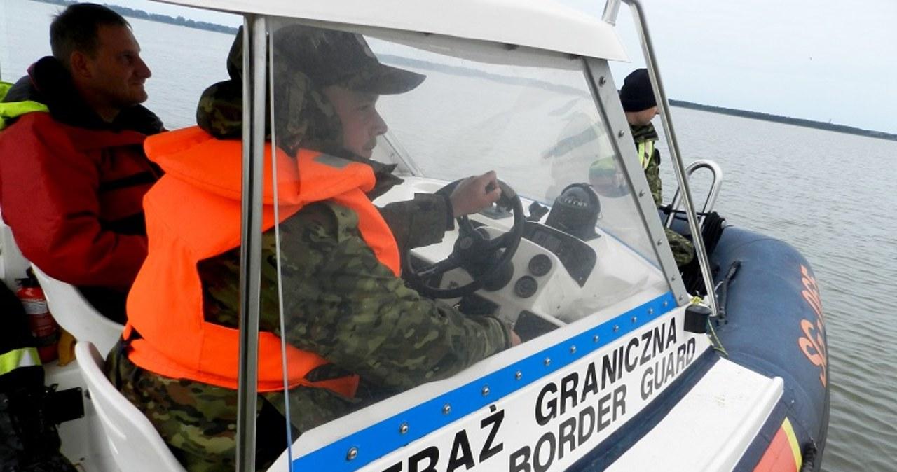 Ognisko koronawirusa na szkoleniu straży granicznej. Wśród zakażonych cudzoziemcy  Ognisko koronawirusa na szkoleniu straży granicznej. Wśród zakażonych cudzoziemcy 000ALDQEGUW1DU8H C461