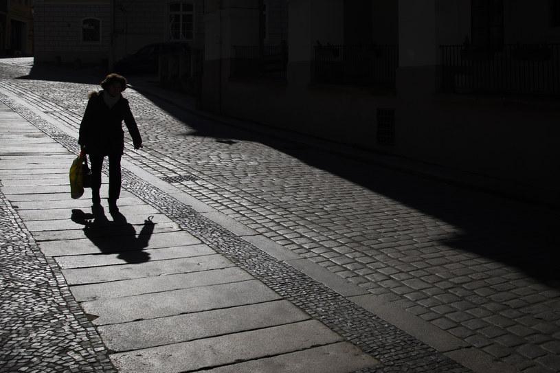 Ogólnokrajowa kwarantanna jest bardziej prawdopodobna - twierdzi dr Michał Sutkowski /Florian Gaertner   /Getty Images