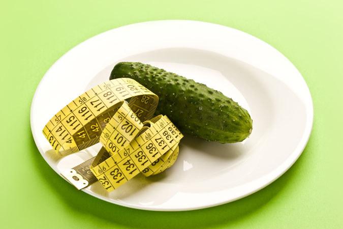 Ogórek zdrowe odżywianie /© Photogenica