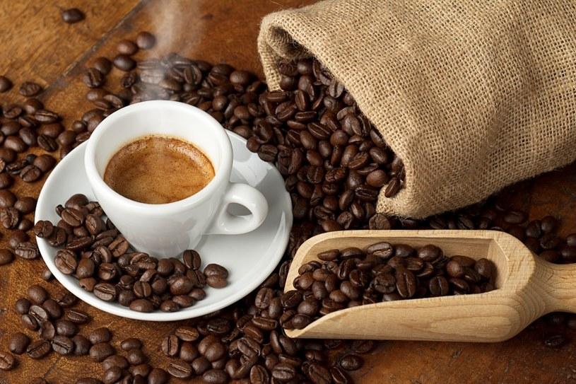 Ograniczaj picie kawy /©123RF/PICSEL