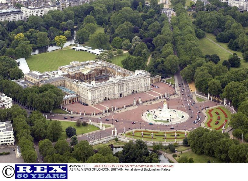 Ogrody Pałacu Buckingham robią wrażenie /East News