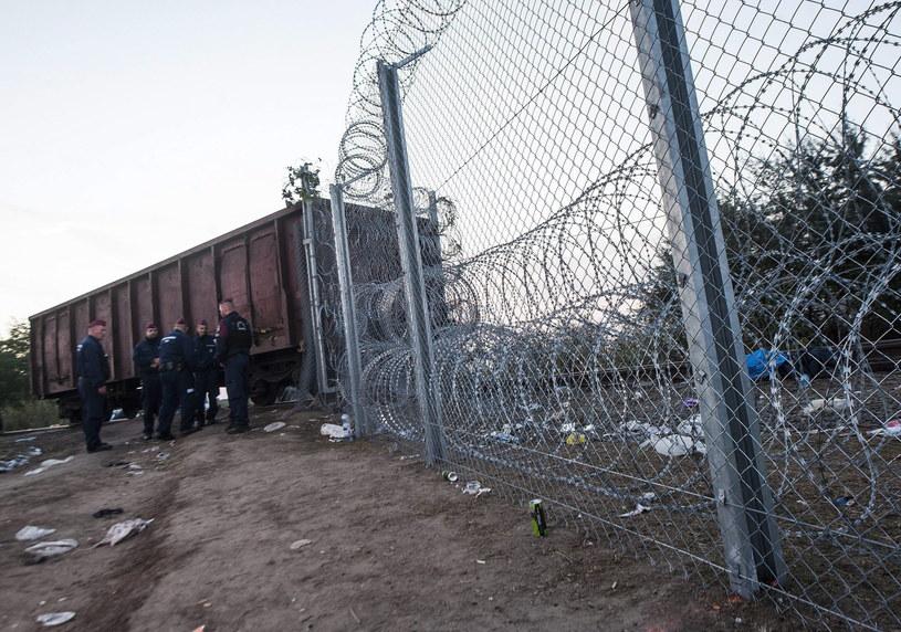 Ogrodzenie na granicy z Serbią /PAP/EPA