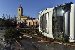 Ogrom zniszczeń po tornadzie w Czechach. Przerażające zdjęcia