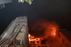 Ogromny pożar w Paryżu. Zginęło kilka osób