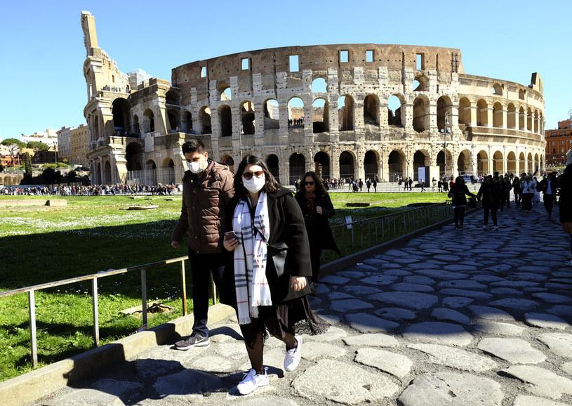 Ogromnych strat w branży turystycznej spodziewają się przede wszystkim Włosi /AFP
