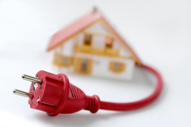 Ogrzanie prądem domu o powierzchni 150 m kw. kosztuje w skali roku około 5 tys. zł /© Panthermedia
