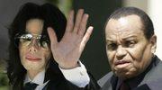 Ojciec szykuje perfumy Michaela Jacksona