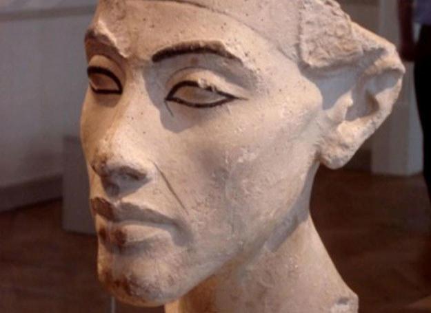 Ojciec Tutenchamona, Amenhotep IV, który przybrał imię Echnaton /MWMedia