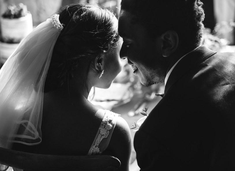 Ojciec wydał za mąż córkę, gdy miała zaledwie 12 lat /123RF/PICSEL