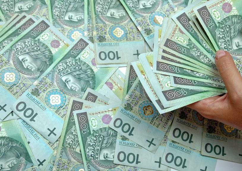Ok. 1,4 mld zł można będzie przeznaczyć w 2017 r. na wzrost płac w budżetówce /123RF/PICSEL