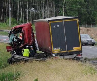 Okazało się, że tir jechał z prędkością 85  km/h. Zabił osiem osób