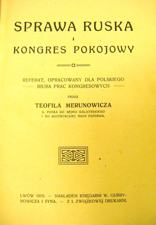 """Okładka broszury Teofila Merunowicza """"Sprawa ruska i kongres pokojowy"""" /Archiwum autora"""
