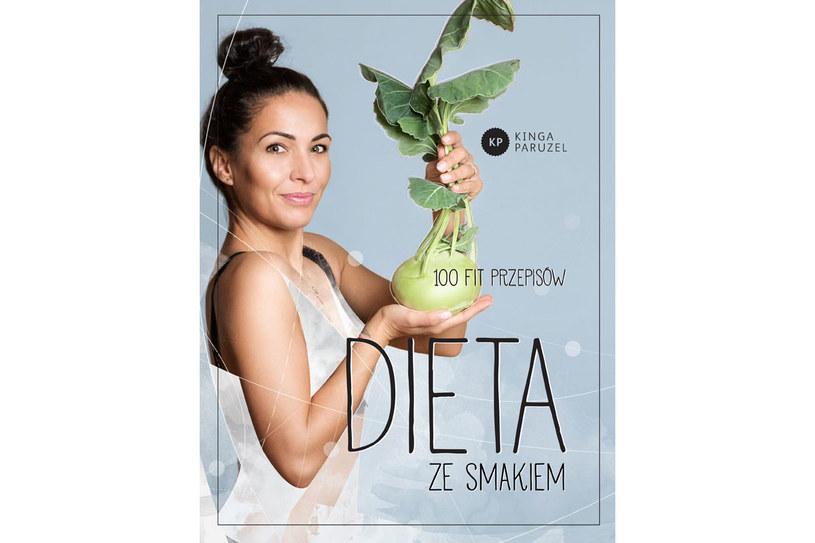 """Okładka książki Kingi Paruzel """"Dieta ze smakiem"""" /materiały prasowe"""