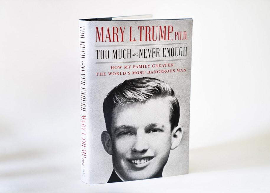 Okładka książki Mary Trump, która ma się ukazać w przyszłym tygodniu /JIM LO SCALZO /PAP/EPA