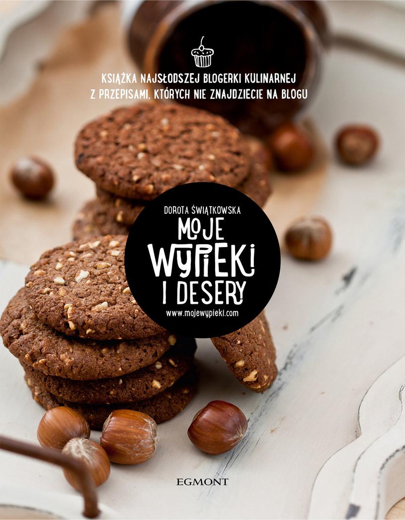 """Okładka książki """"Moje wypieki i desery"""" /materiały prasowe"""
