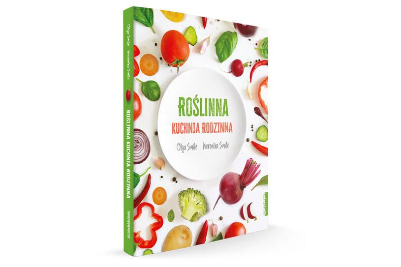 """Okładka ksiązki """"Roślinna kuchnia rodzinna"""" /materiały prasowe"""