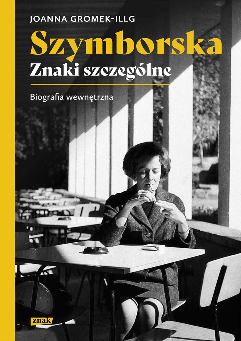 """Okładka książki """"Szymborska. Znaki szczególne. Biografia wewnętrzna"""" /materiały prasowe"""