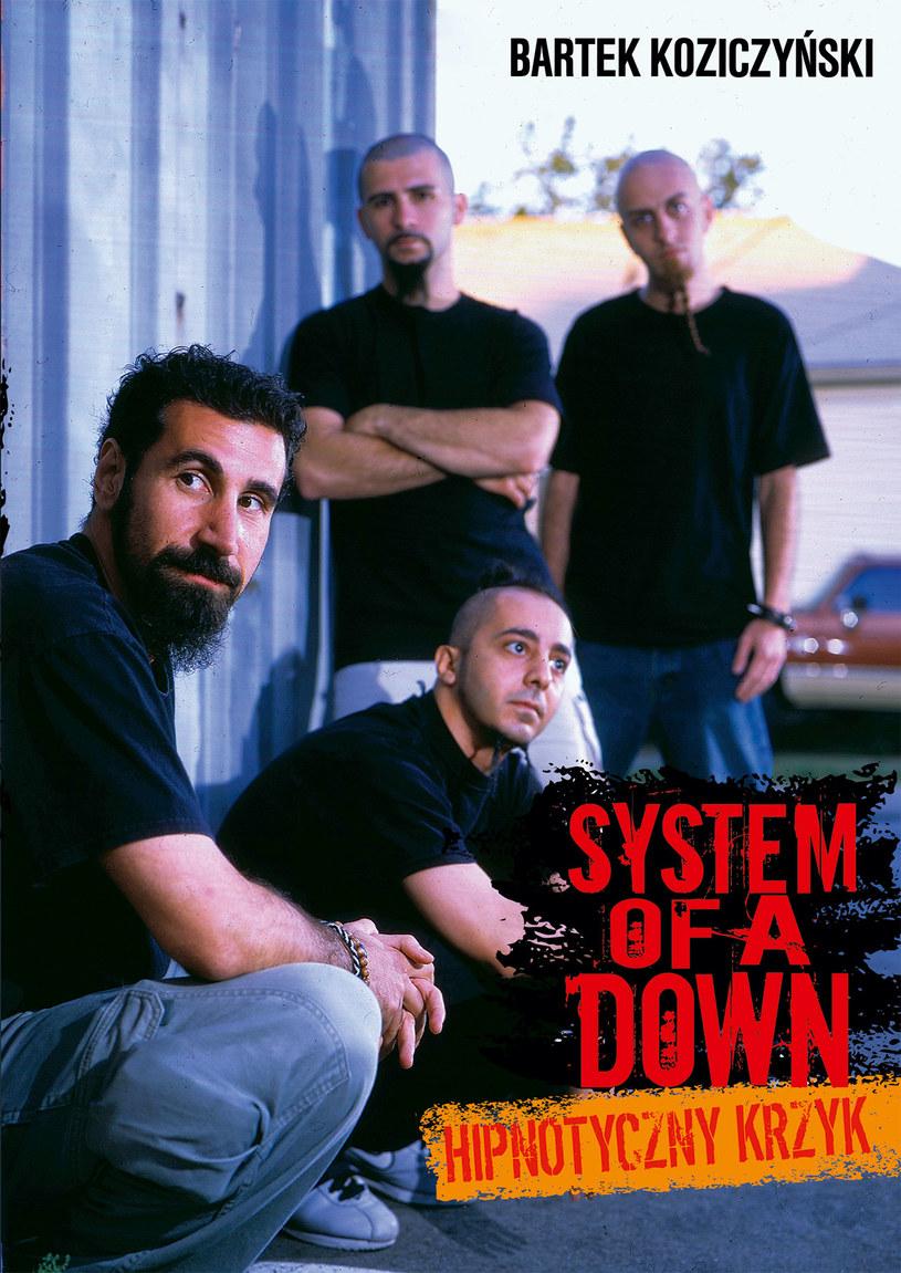 Okładka ksiązkowej biografii System Of A Down /materiały promocyjne