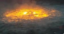"""""""Oko ognia"""" w Meksyku. Pożar na oceanie"""