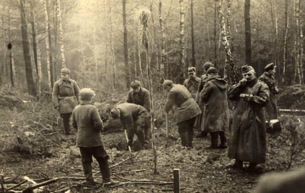 Okolice Włodawy, wytyczanie granicy niemiecko-sowieckiej po zajęciu Polski w 1939 r. /z archiwum Tomasza Wiśniewskiego /Agencja FORUM