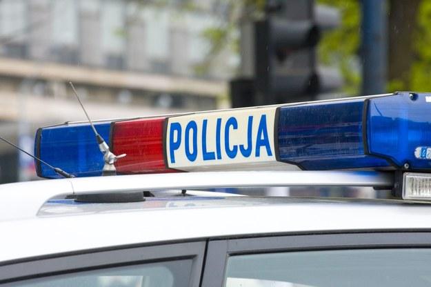 Okoliczności wypadku ustala policja/ zdjęcie ilustracyjne /123/RF PICSEL