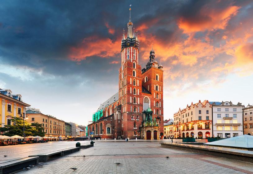 Około 2 mld zł stracą do końca tego roku największe miasta. Na zdjęciu Rynek Główny w Krakowie /123RF/PICSEL