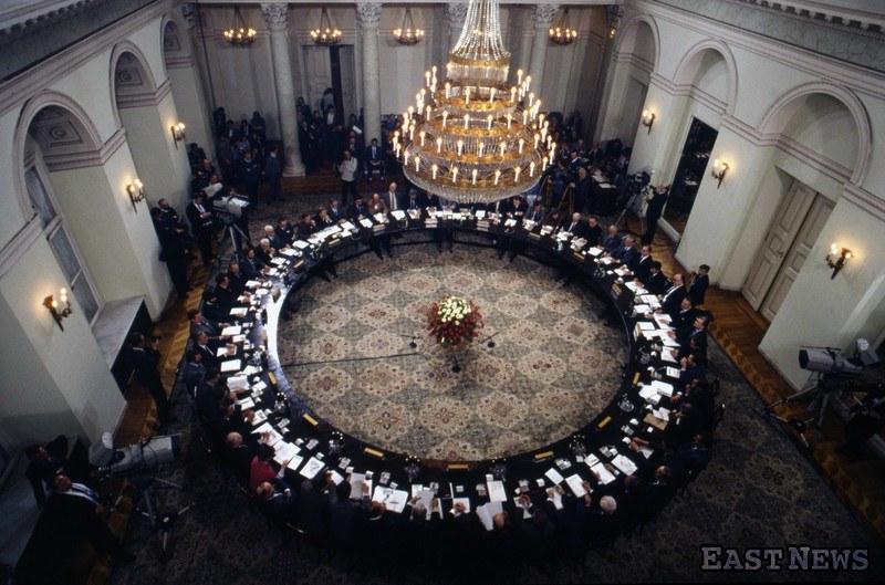 Okrągły stół /Wojciech Laski /East News