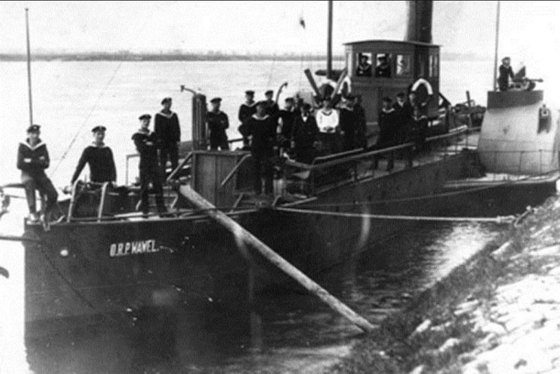 """Okręt Flotylli Wiślanej - ORP """"Wawel"""" /Polska Zbrojna"""