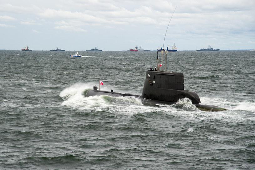 """Okręt podwodny ORP """"Sęp"""" jest jednym z najstarszych na świecie bojowym okrętem podwodnym znajdującym się w służbie. Został zwodowany w 1966 roku. Okręty projektu Ratownik miały współpracować m.in. z jego następcami /Wojciech Strozyk/REPORTER /East News"""