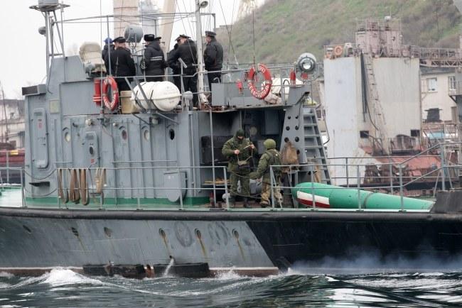 Okręt rosyjskiej marynarki wojennej u wybrzeży Sewastopola (zdj. ilustracyjne) /ZURAB KURTSIKIDZE /PAP/EPA