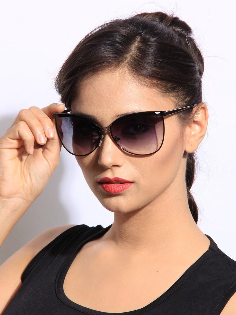 okulary przeciwsłoneczne dlaczego warto /© Photogenica