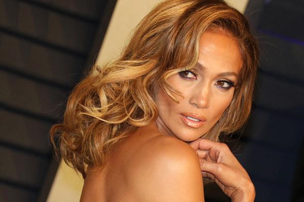 Okulary przeciwsłoneczne zawsze były ważną częścią mojej garderoby i stylizacji - powiedziała Jennifer Lopez na temat  współpracy z nową marką /Getty Images