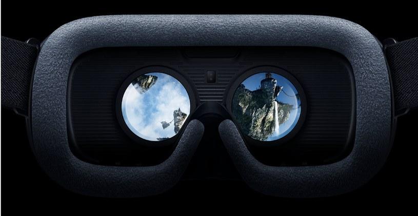 Okulary VR na głowę i przenosimy się do innego świata /materiały prasowe