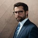 Okulary z klasą – jak wybrać idealne oprawki?