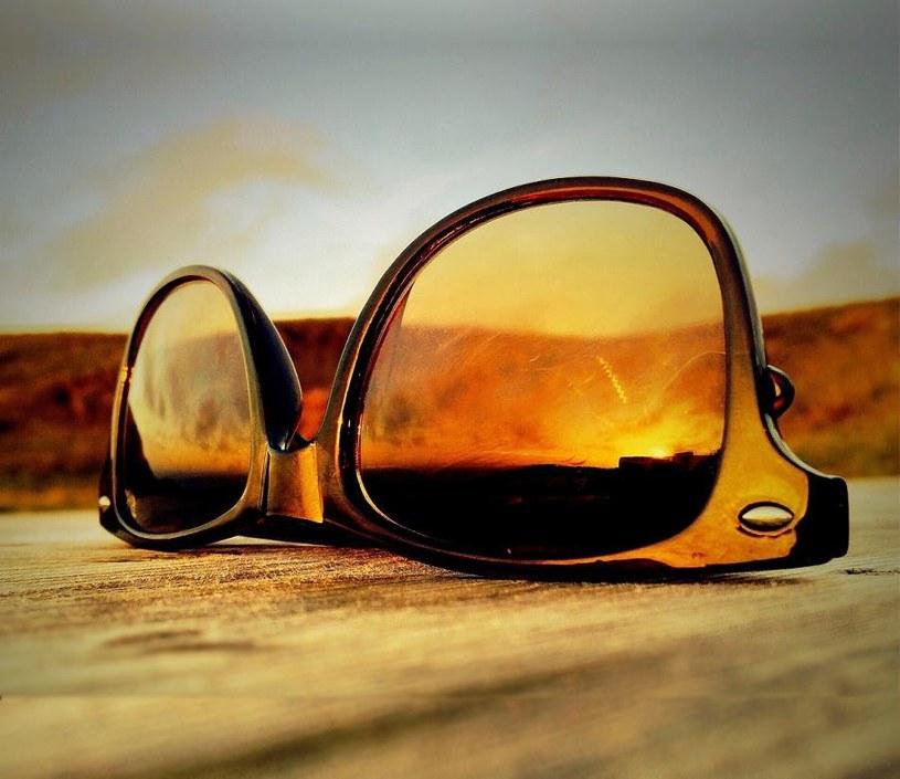 okulary z polaryzacją /© Photogenica