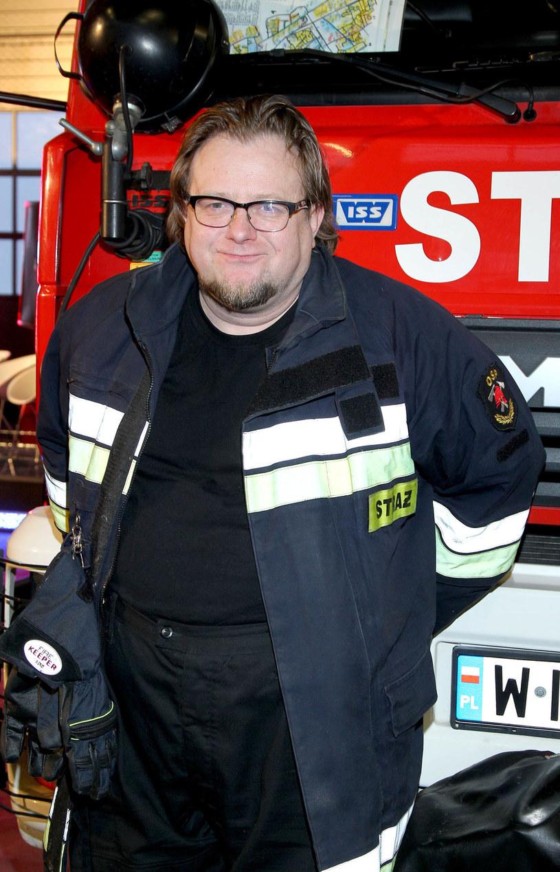 """Olaf Lubaszenko w serialu """"Strażacy"""". /Agencja W. Impact"""
