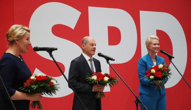 Olaf Scholz, Franziska Giffey, Manuela Schwesig /PAP/EPA