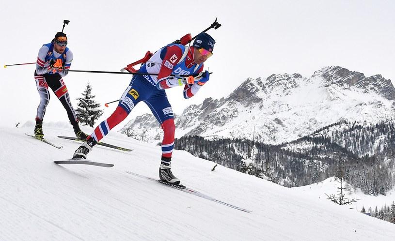 Ole Einar Bjoerndalen (z prawej) /AFP