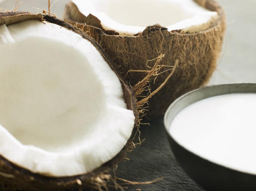 olej kokosowy do kawy /© Photogenica