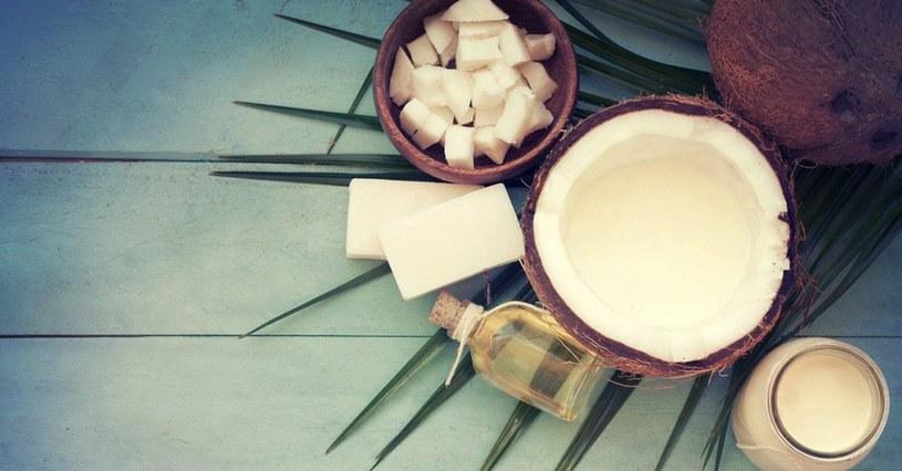 olej kokosowy gotowanie /© Photogenica