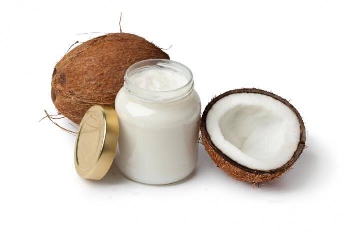 Olej kokosowy na hemoroidy /© Photogenica