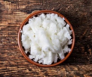 Olej kokosowy: Skutecznie spala tłuszcz i odmładza