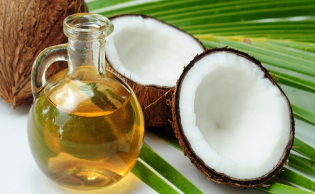 Olej kokosowy właściwości /© Photogenica
